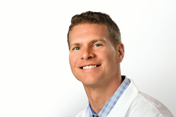 Orthopedic Surgeons near Olathe, KS - Bone Surgeon